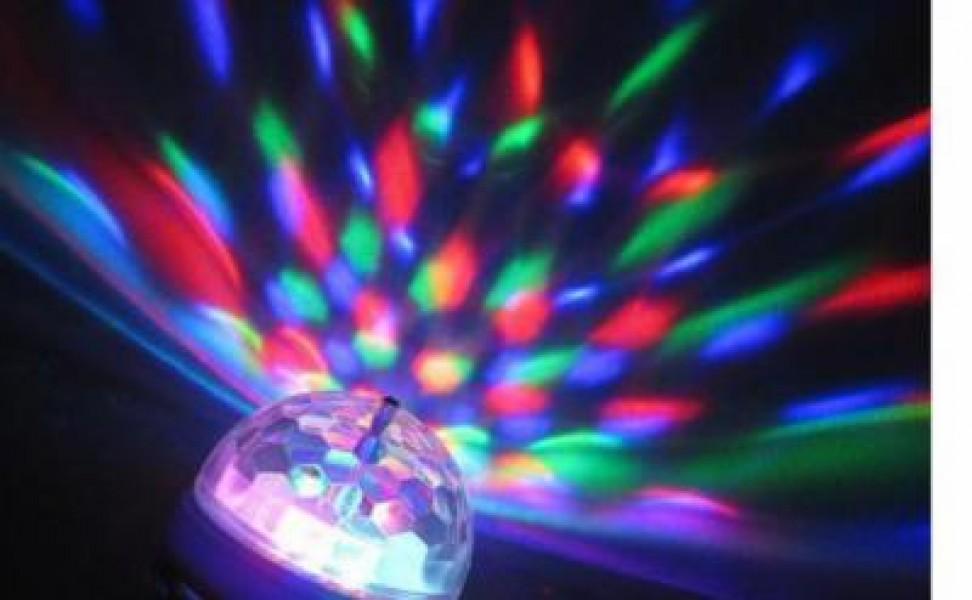 Bec LED multicolor rotativ