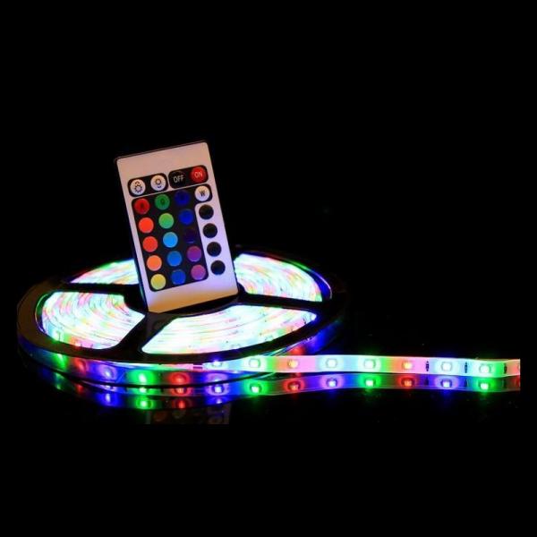 Banda led multicolora, telecomanda si joc de lumini